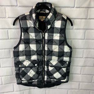 Woolrich women's buffalo check down vest small